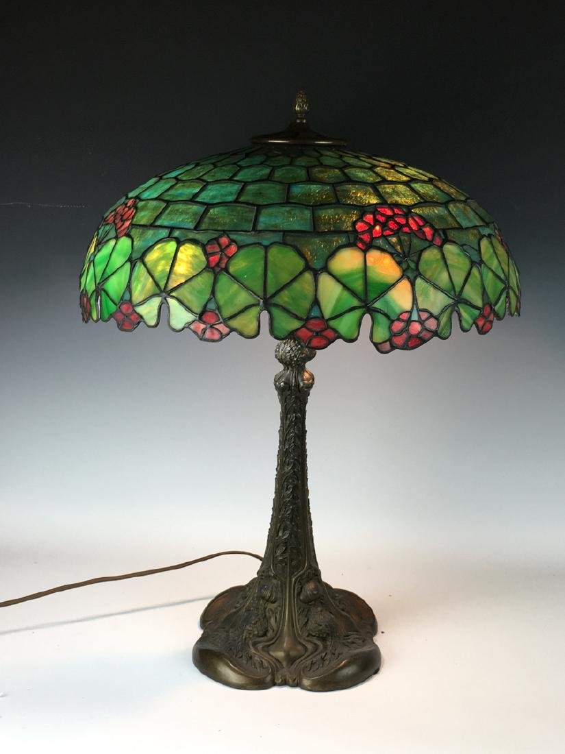 Duffner & Kimberly Leaded Table Lamp