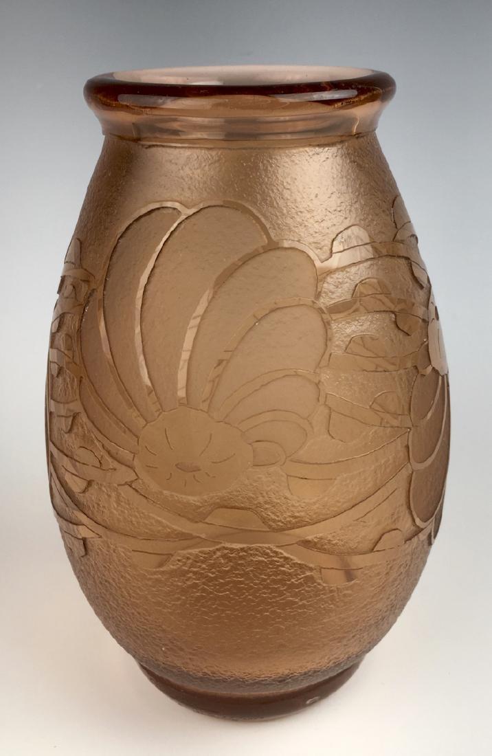 "Le Verre Francais ""Charder"" Cameo Glass Vase"