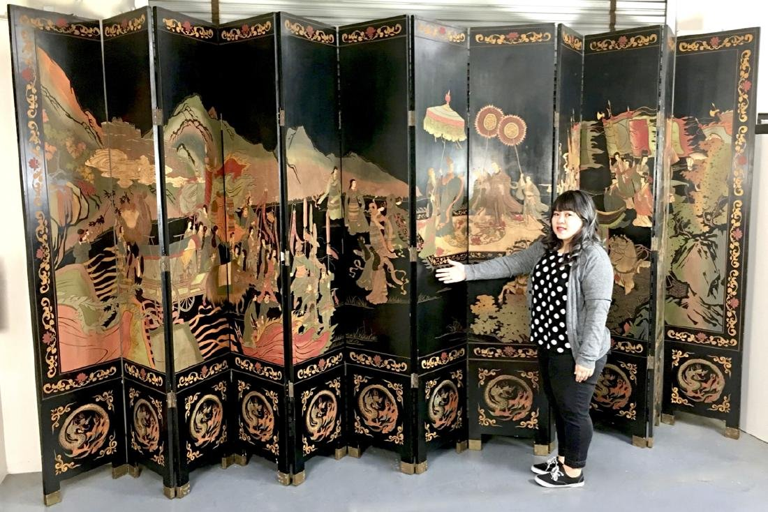 Chinese 12 Panel Lacquer Coromandel Screen