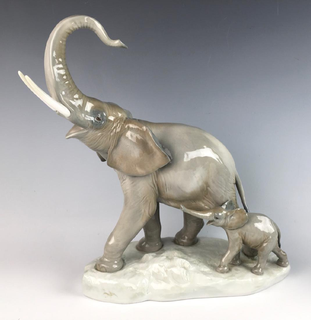 Lladro Two Elephants