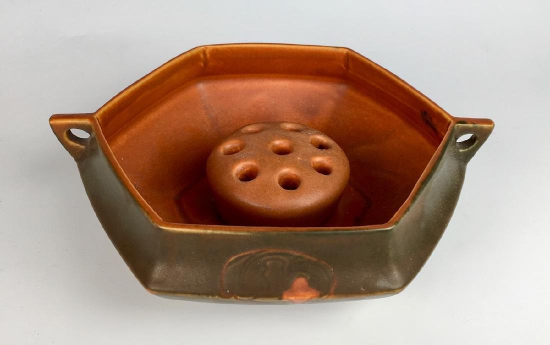 Roseville Hexagon Bowl with Flower Frog - 3