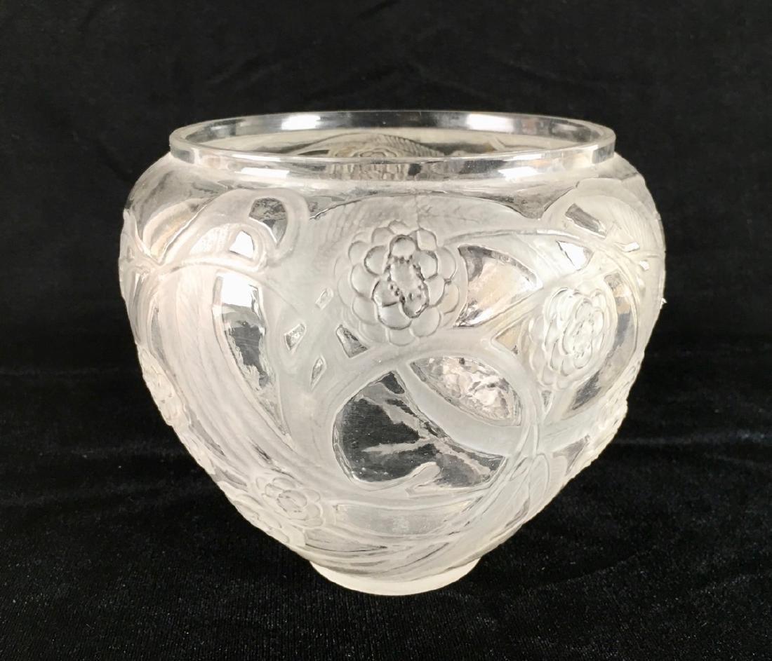 """R. Lalique (1860-1945) """"Medlar"""" Vase - 4"""