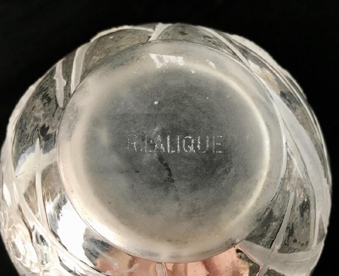 """R. Lalique (1860-1945) """"Medlar"""" Vase - 5"""
