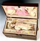 """Au Nain Bleu"" Doll Presentation Trunk"