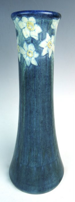 Newcomb College Vase With Daffodils