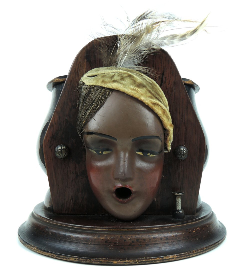Gypsy Mechanical Cigarette Dispenser