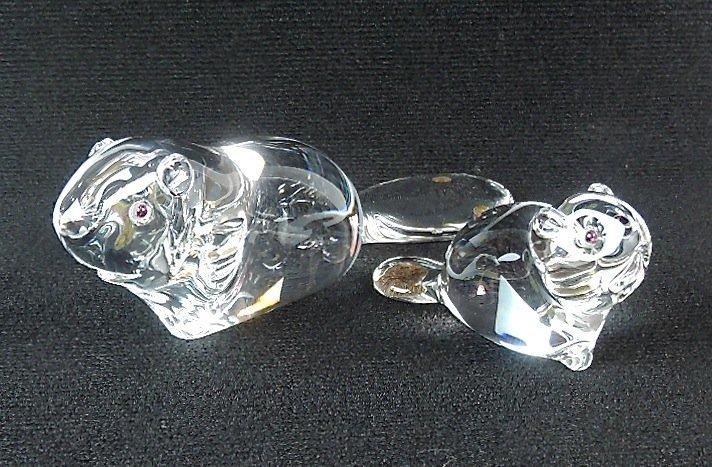 Pair Steuben Crystal Beaver Figurines