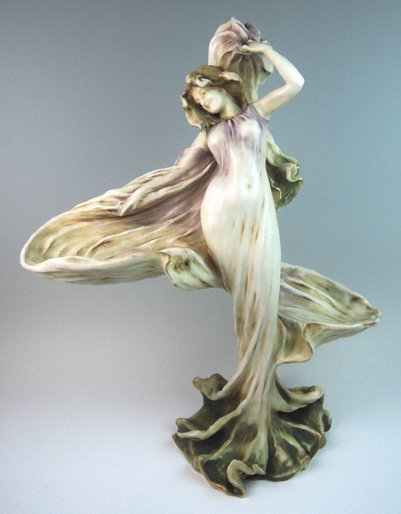 Art Nouveau Amphora Loie Fuller Figure RSTK