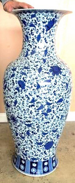 Pair of Beautiful Vintage Blue & White Chinese