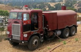 Classic Fire Truck W. Water Holding 2500 Gals (perfect