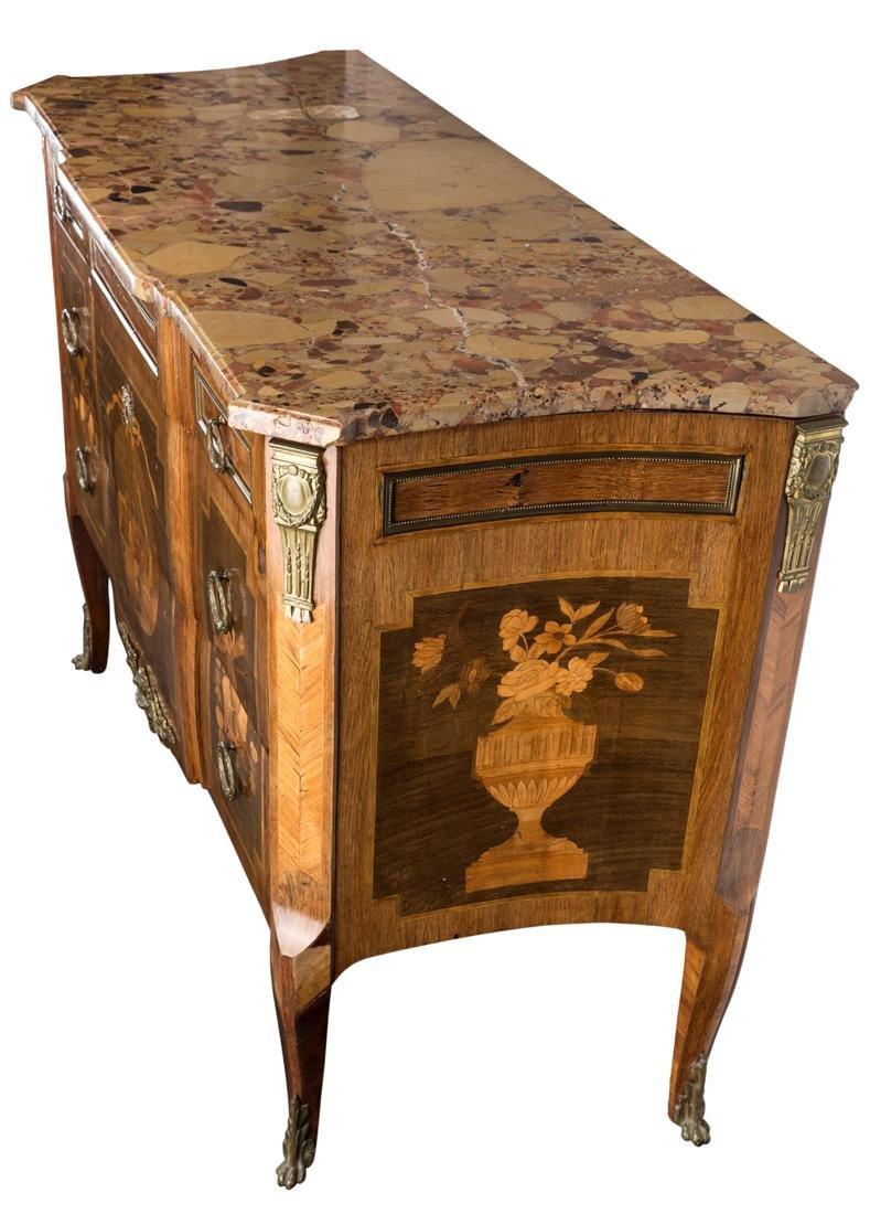 A 19TH CENTURY FRENCH MARQUETRY COMMODE WITH MARBLE TOP - 3