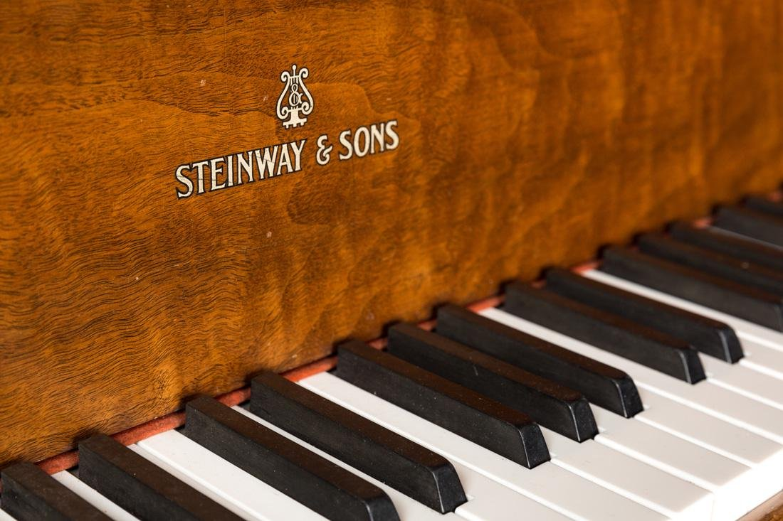 STEINWAY & SONS BABY GRAND PIANO, MODEL M SERIAL NUMBER - 4