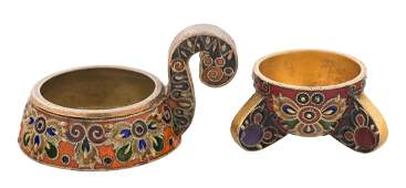 A FABERGE SILVER-GILT AND CLOISONNE ENAMEL SET OF SMALL