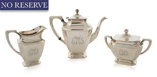 AN AMERICAN THREE-PIECE STERLING SILVER SET, R. WALLACE