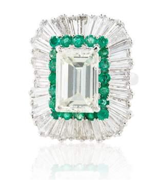 A 5.03 KT EMERALD CUT DIAMOND RING IN A BALLERINA