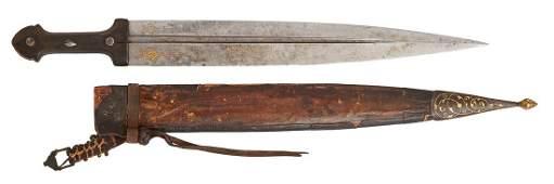 A CAUCASIAN KAMA DAGGER WITH HORN GRIP, FIRST HALF OF