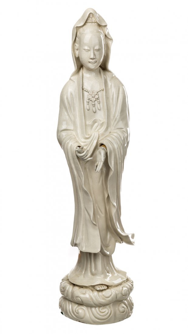 A SOFT PASTE FIGURE OF GUANYIN