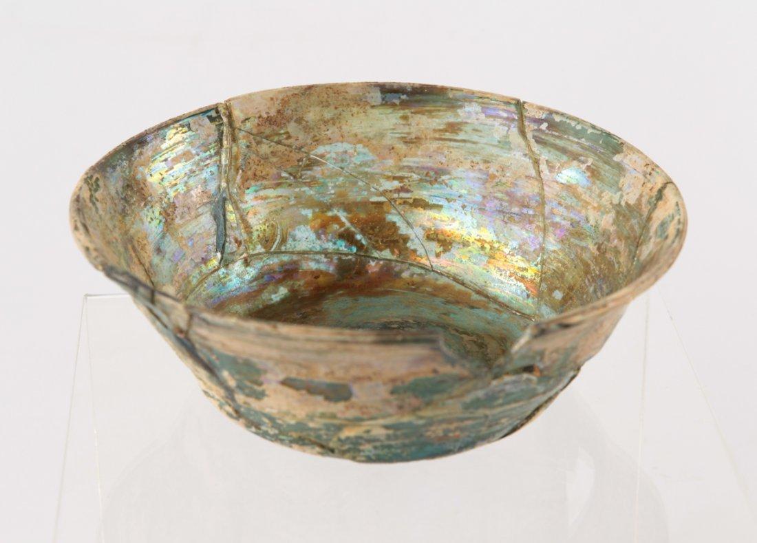 A ROMAN GLASS BOWL 1ST-3RD CENTURY - 2
