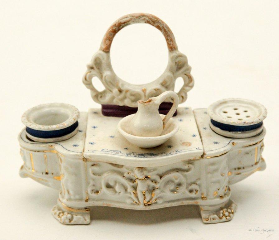 Vintage Porcelain Salt and Pepper Shaker - 5