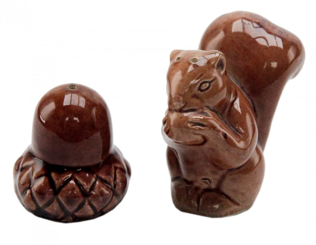Squirrel and Nut Salt & Pepper Shaker 50's
