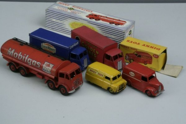 13: Dinky Toys commercials, five vans as per catalogue,