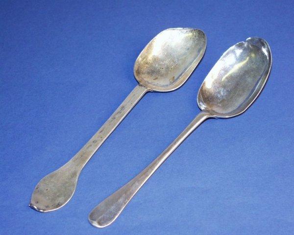 1199: A late 17th century silver trefid end spoon & a r