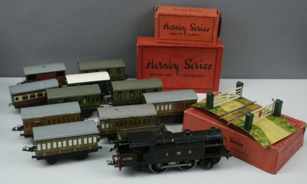 13: Hornby Series locomotive and rolling stock,