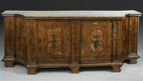 835: An 18th century Continental crossbanded walnut bre