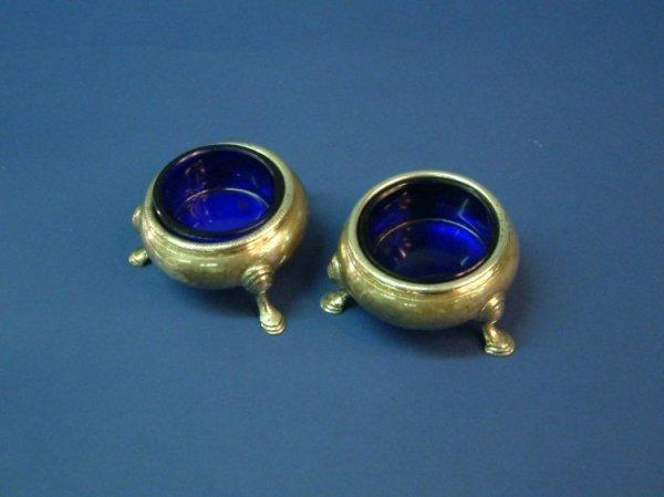 1273: A pair of George III Scottish silver bun salts, 3