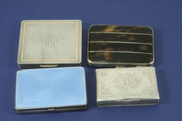 1483: Two cigarette cases, a compact and a white metal