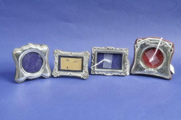 1940: A small Edwardian Art Nouveau silver mounted phot