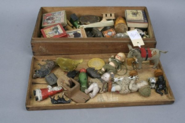 13: Collection traditional toys and amusements