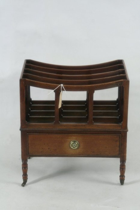 667: An early 19th century mahogany four division music