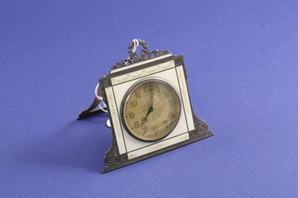 1012: A Swiss 900 standard silver and enamel desk timep