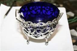 1133: A Victorian silver sugar basket