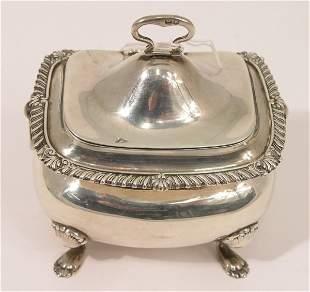 An Edwardian silver tea caddy, 9oz, 4.5ins