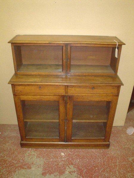 841: An early 19th century mahogany display cabinet, 3f