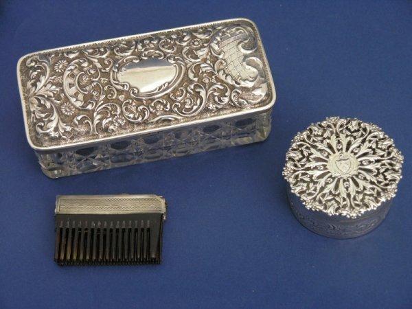 1256: An Edwardian silver and cut glass rectangular tid