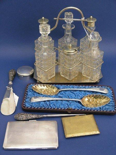 1257: A 1930's enamel and gilt metal cigarette case, fo