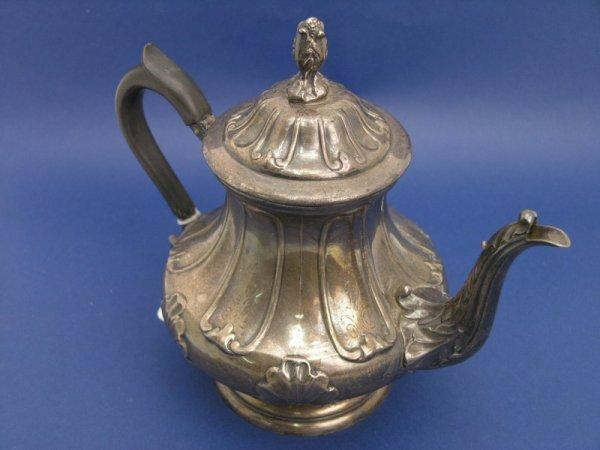 1262: A Victorian silver pedestal coffee pot, 24oz
