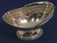 1414: A late Victorian silver sugar basket, 6.5oz, 6ins