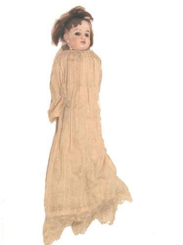 8: A German shoulder-bisque doll, 15.5in. - shoulder-pl
