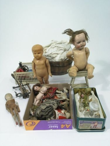 17: Various dolls and accessories - as catalogued