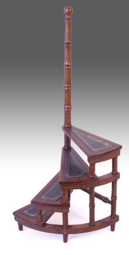 852: A Regency style mahogany four tread library steps