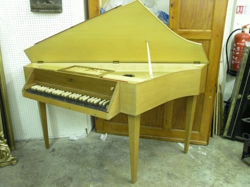 872: A Wittmayer teak cased spinet 5ft