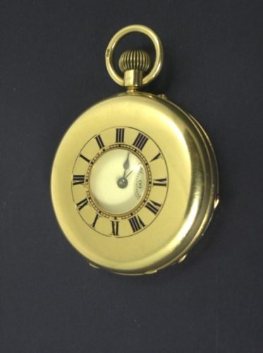 1013: 18ct half hunter pocket watch