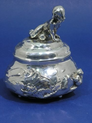 870: A WMF silver plated trinket box