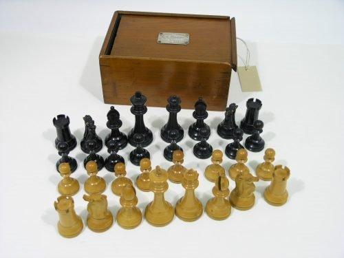 24: Staunton pattern chess set
