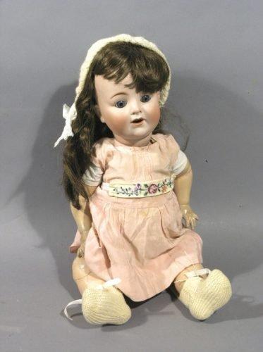 13: An Alt, Beck & Gottschalk bisque doll, 22in. - body