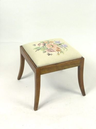 678: A 19th century mahogany stool, 1ft 4ins